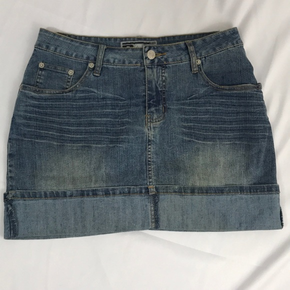 rave Dresses & Skirts - Rave R4R- stretch denim skirt size 9
